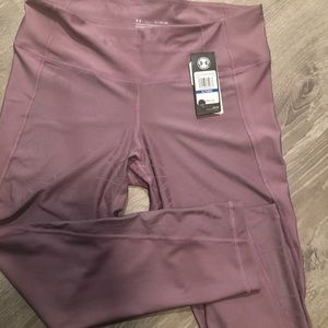NWT Womens Under Armour Compression Leggings